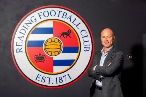 Reading name new manager after sporting director Mark Bowen appoints himself
