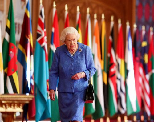 Queen calls for unity in Commonwealth message ahead of Oprah interview