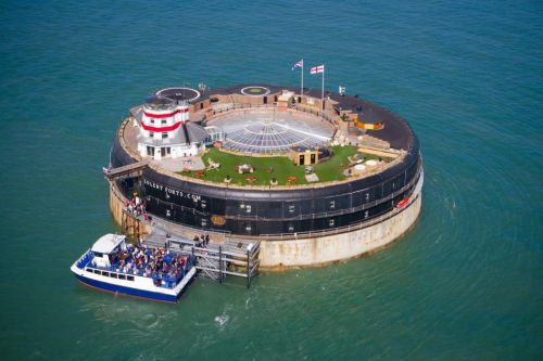 23-bedroom 'island' home in the middle of the Solent up for sale for £4.25 million
