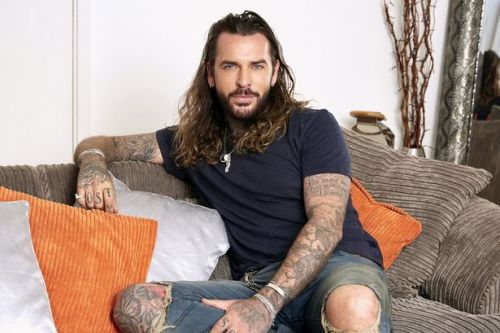 Pete Wicks admits he's an 'ar**hole' in relationships but wants to settle down