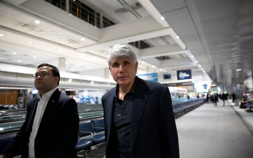 Trump commutes sentence of former Illinois governor Rod Blagojevich in clemency spree