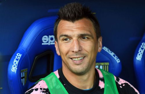 Mario Mandzukic asks to join Manchester United before January transfer window opens