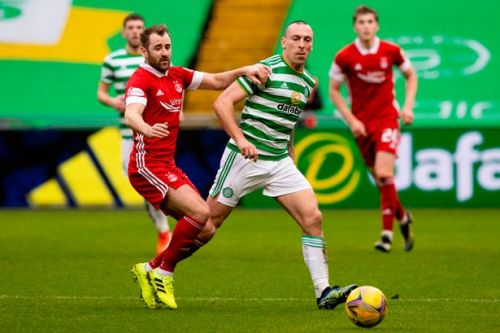 Scott Brown has been let down by his Celtic teammates claims McAvennie