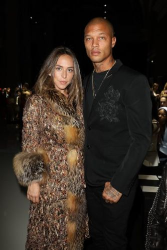 Chloe Green pregnant: Topshop heiress CONFIRMS pregnancy as she reveals huge bump alongside 'Hot Felon' boyfriend Jeremy Meeks