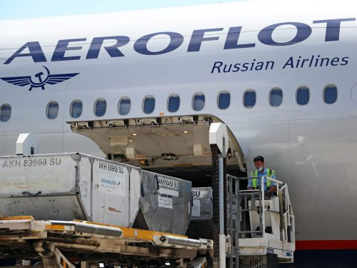 Aeroflot Airlines crew members helped smuggle $50 million worth of stolen iPads, iPhones, and more into Russia, a government investigation has found