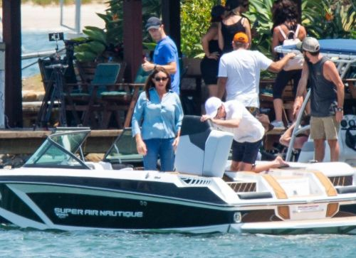 I'm A Celebrity's Caitlyn Jenner takes cover as she races off in speedboat as filming kicks off