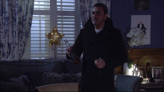 Coronation Street spoilers: Chris Gascoyne warns of Peter Barlow alcoholism death