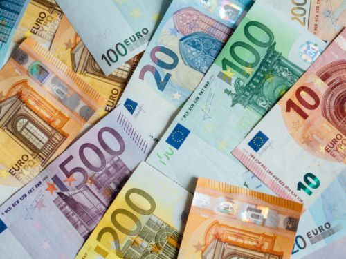 Exchange rate for pound-euro after Brexit: Is the exchange rate likely to fall and should I get to my holiday money now?