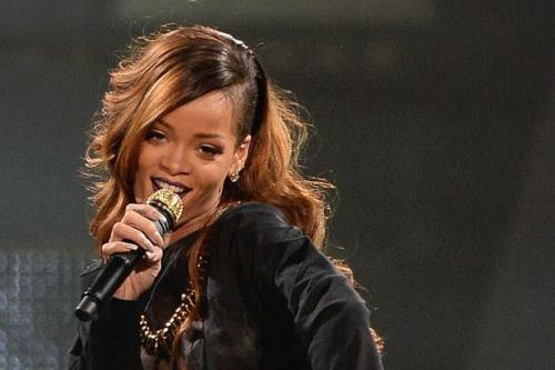 Rihanna releases first music in 3 years appearing on PartyNextDoor's new single