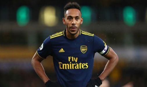Arsenal offer Pierre-Emerick Aubameyang contract extension as transfer pressure mounts