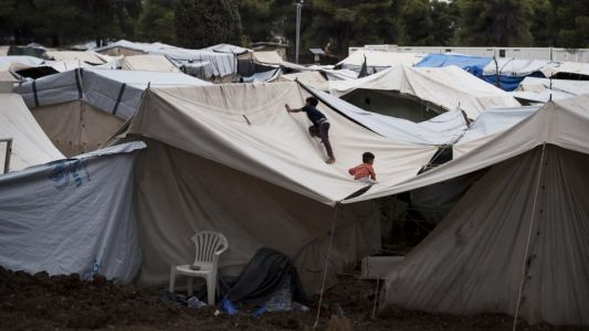 Mother and daughter launch campaign for north-east to take in Greek refugees