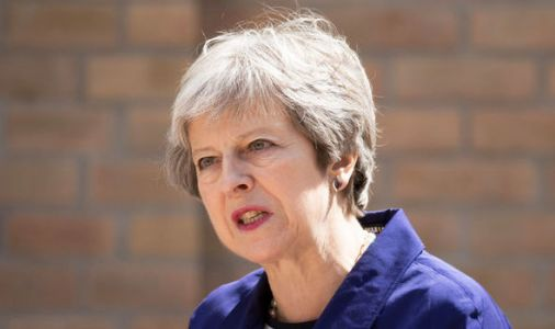 Brexit LIVE: Theresa May faces Commons showdown with Brexiteers over Chequers plan