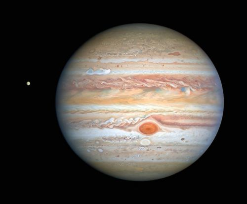 Hubble captures spectacular new view of Jupiter and Europa