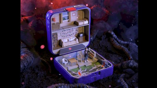 Iconic homes reimagined as Polly Pockets are surprisingly addictive