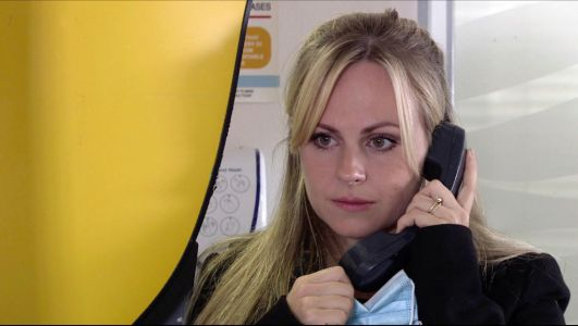 Coronation Street spoilers: Sarah Platt reports a dead body to the police