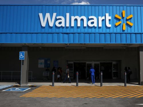 Walmart expects a strong holiday season, and it's set to send shares to their highest level all year