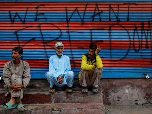I'm an Indian journalist who lived through Kashmir's traumatic internet blackout, which started one year ago. Here's what it's like to have your freedoms ripped away for 213 days