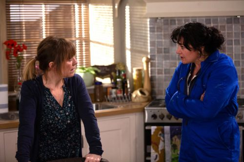 Emmerdale spoilers: Rhona Goskirk goes behind Moira Dingle's back with Nate Robinson