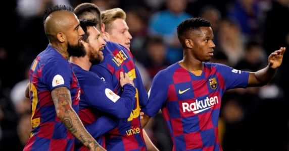 Barcelona on verge of signing £18m Semedo replacement; update on Aarons move