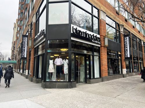We shopped at Bloomingdale's The Outlet and saw why the off-price luxury store is helping to keep parent company Macy's afloat