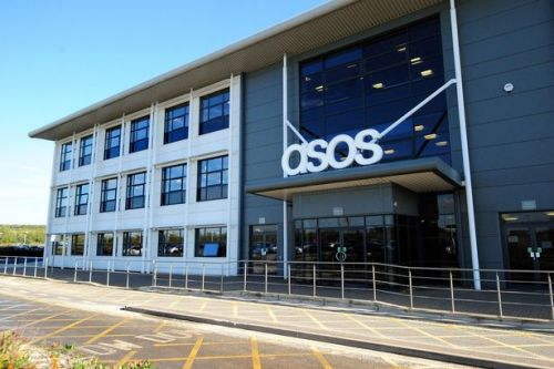 ASOS 'playing roulette' with staff's lives as warehouses stay open