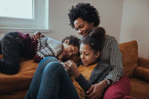 Digital Parents: How Connectivity Has Improved The Way We Bring Up Children
