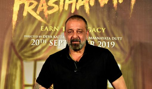 Bollywood actor Sanjay Dutt 'diagnosed with lung cancer' as he announces career break