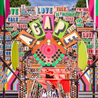 "Festival in India offers Morag Myerscough ""unequivocal apology"" for copying her work"