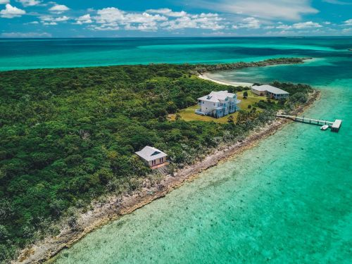 7 private islands for sale around the world that cost less than $6 million each