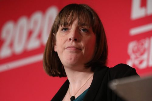 Jess Phillips pulls out of Labour leadership race