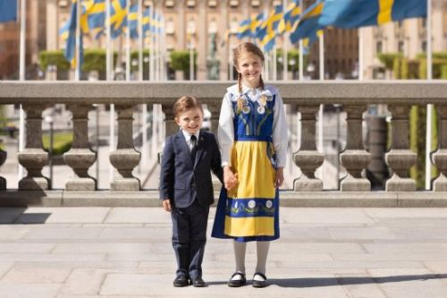Traditional National Day photo released in Sweden of Princess Estelle and Prince Oscar