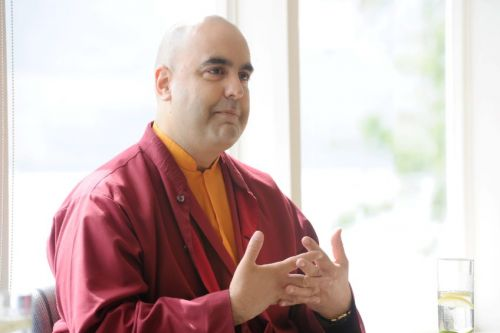 Buddhist monk brings his teachings of meditation to the north