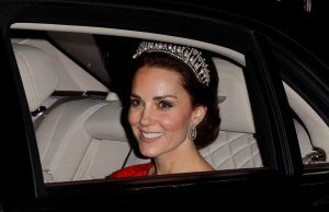 A royal photographer has given a rare insight into that Kate Middleton photograph