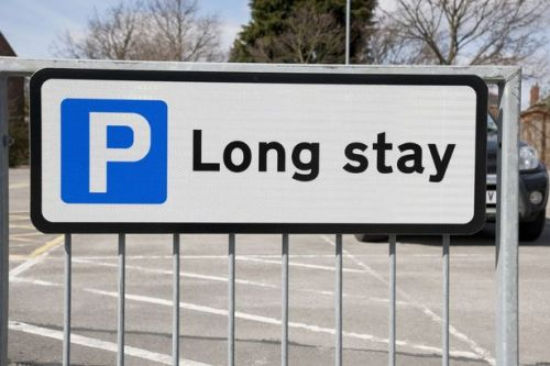 How to get the best airport car parking deals according to travel experts