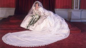 This is we might never officially see Princess Diana's wedding dress again
