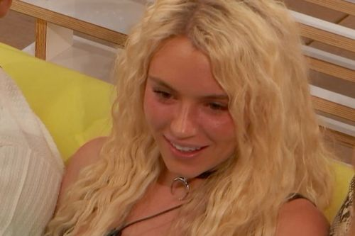 Love Island's Lucie WILL date new boys as she stays in villa after Joe's exit