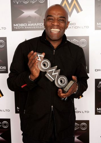 Trevor Nelson pays to Steve 'Smooth' Sutherland after reports Twice As Nice garage DJ has died