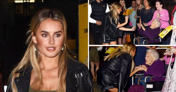 Amber Davies shares a moment with elderly fan after treading the boards in 9 To 5