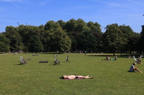 UK Weather: Met Office Issues Amber Warning For Bank Holiday Heatwave
