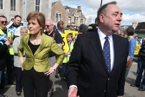 Nicola Sturgeon accuses Alex Salmond of spinning 'false conspiracy theories'
