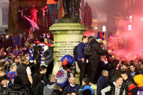 Cops tell Rangers fans 'go home' and warn Scots not to travel into Glasgow