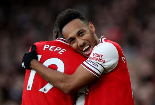 Gary Neville compares Pierre-Emerick Aubameyang to Arsenal legend Thierry Henry after Everton strike