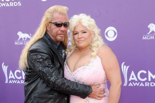Dog the Bounty Hunter's wife Beth put in medically-induced coma amid throat cancer battle