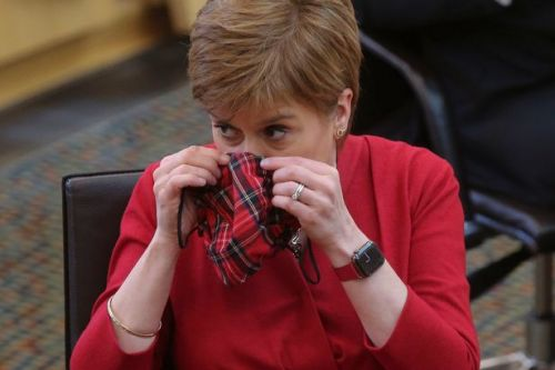 Nicola Sturgeon announces Aberdeen lockdown