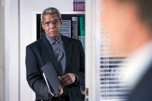 Holby City fans shocked that Guy Self holds Ric's life in his hands