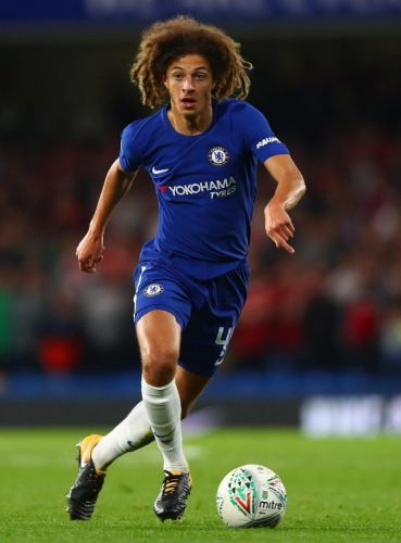 Chelsea kid Ethan Ampadu signs new five-year contract at Stamford Bridge