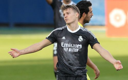 Martin Odegaard joins Arsenal on loan from Real Madrid