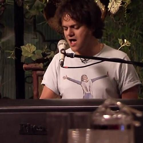 Jamie Cullum attempts to break Guinness World Record for biggest music lesson ever held