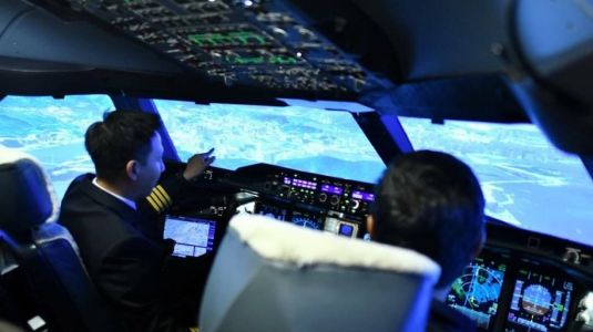 Thai Airways to open flight simulators to public