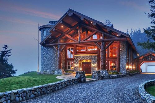 Rural Airbnbs are the stars of the suddenly struggling vacation-rental platform, as Americans flee cities to escape the coronavirus